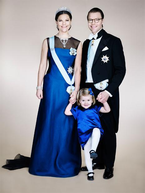 Kronprinzessin Victoria, Prinzessin Estelle & Prinz Daniel: Neues Familienfoto