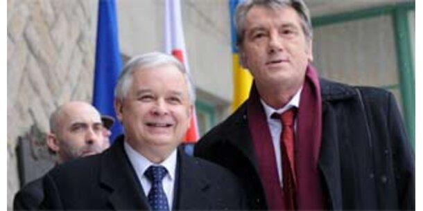 Juschtschenko und Kaczynski schlagen Gipfel in Prag vor