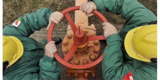 Gasexport bricht auf Hälfte ein