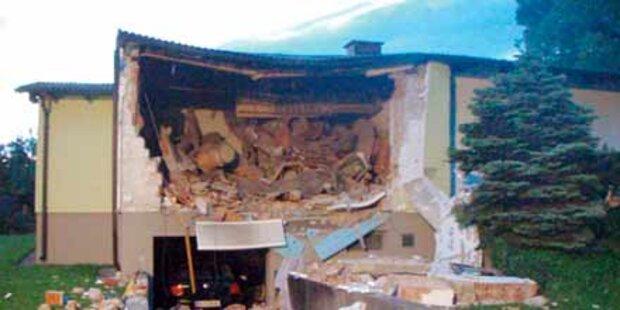 Gasexplosion: Opfer ringt mit dem Tod