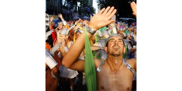 Riesenspaß bei Gay-Parade in Sydney