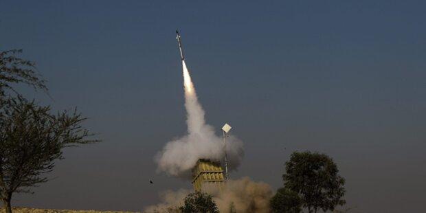Hamas feuert jetzt auf Urlaubs-Flieger