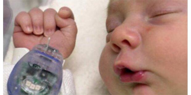 Baby erblickte im Rettungsauto Licht der Welt
