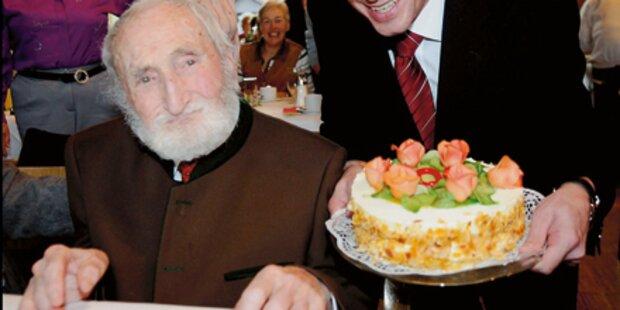 Arzt  feiert 100. Geburtstag