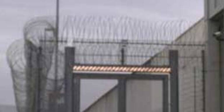 13 Jahre Haft für Einbruch in Gefängnis