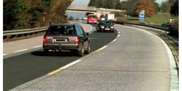 84-Jähriger verursachte zwei Geisterfahrer-Unfälle