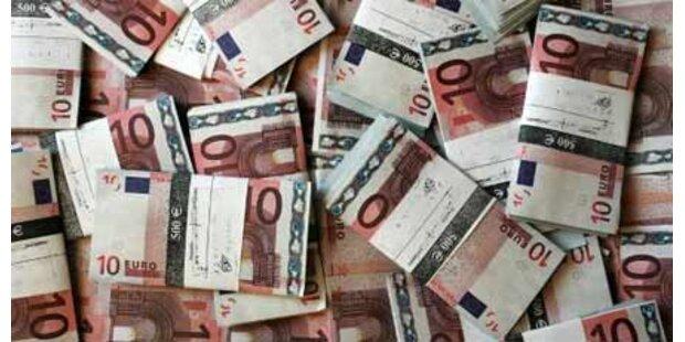 Rumänin warf 40.000 Euro in den Müll