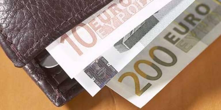 Pensionistin um 18.000 Euro bestohlen