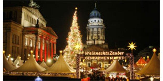 Zillertaler Weihnachtsbaum schmückt Berlin