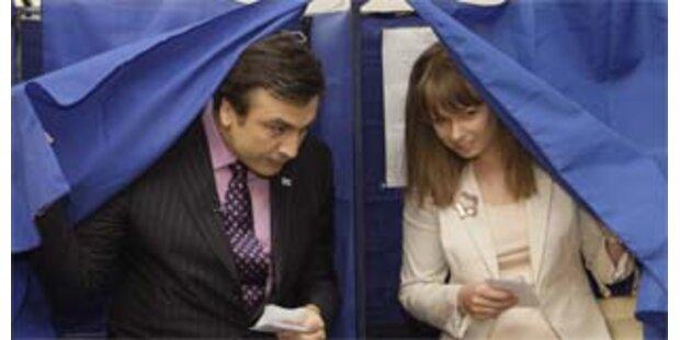 Georgien: Saakaschwili-Partei gewann deutlich