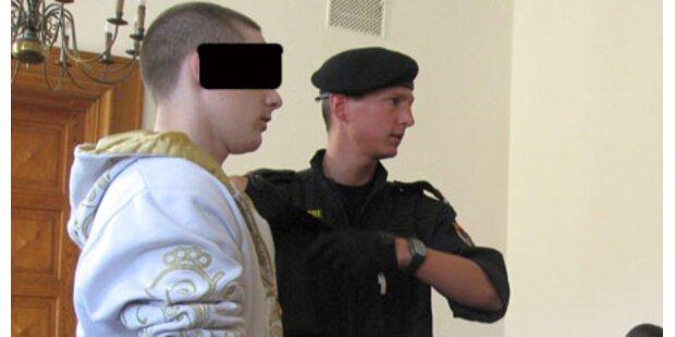 8-köpfige Gang vor Gericht