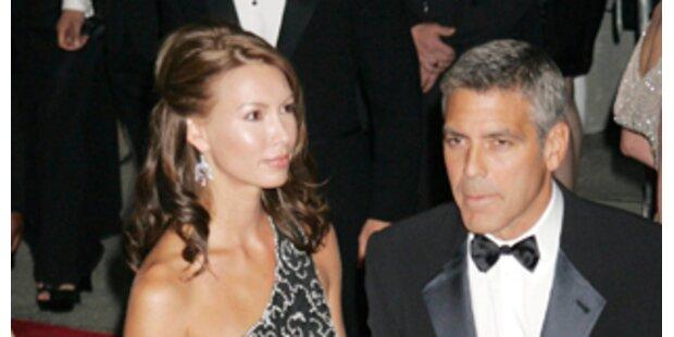 Clooney: Betrog er Sarah mit einer Blondine?