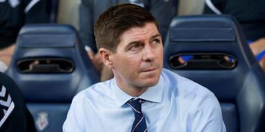 Fan-Attacke bei Rangers vor Rapid-Spiel