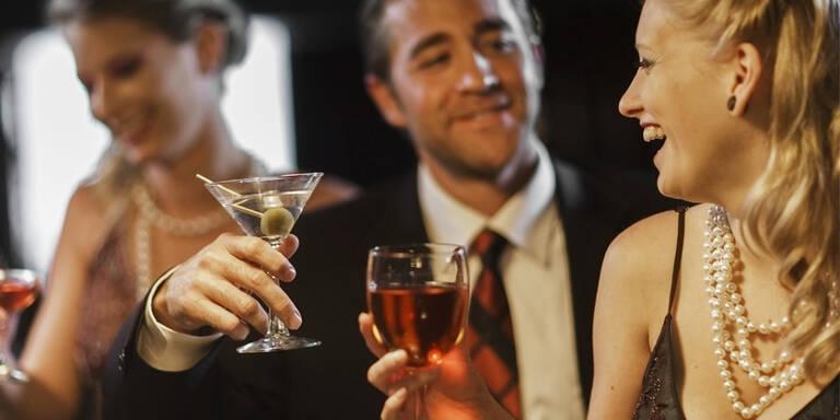 Alkohol lässt uns attraktiver wirken