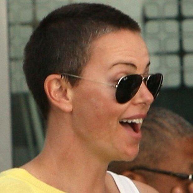 Charlize Theron Ungeschönt In Südafrika
