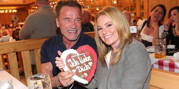 Arnie in Turtellaune auf der Wiesn