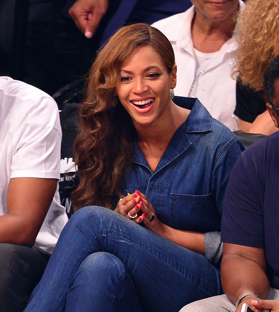 Beyoncé & Jay Z bei Basketball-Spiel