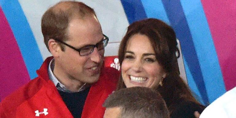 So verliebt wie beim Match England-Wales hat man das royale Paar lange nicht gesehen. Ob Prinz Harry sich fühlte wie das dritte Rad am Wagen?
