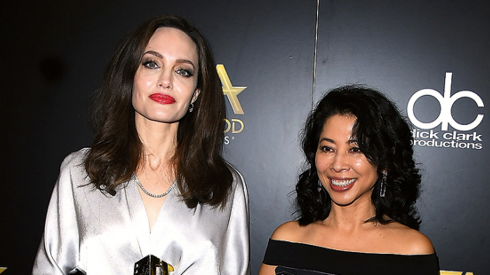 Jolie soll in eine Frau verliebt sein