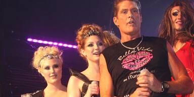 David Hasselhoff mit seinen Töchtern Taylor Ann und Hayley Amber auf der Bühne