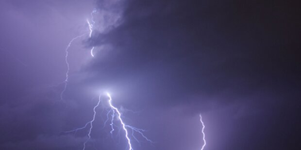 Schwere Gewitter über der Stadt Salzburg
