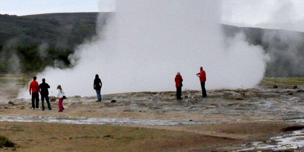 Touristin stürzt in Geysir - tot