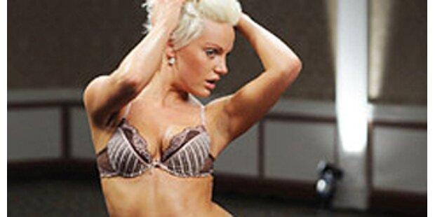 Gefeuerte Gina Lisa arbeitet als Nackt-Putzfrau