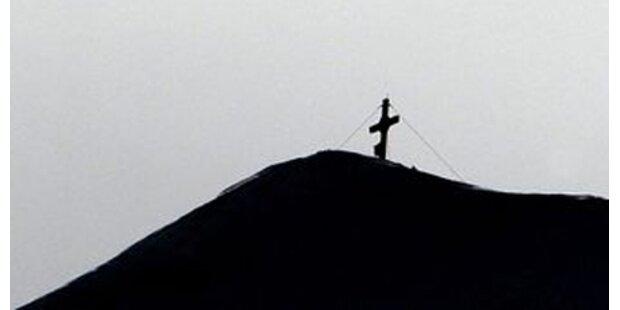 Alpinistin stürzt in den Tod