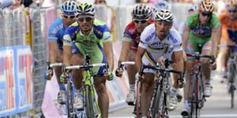 Bertolini gewann 11. Giro-Etappe