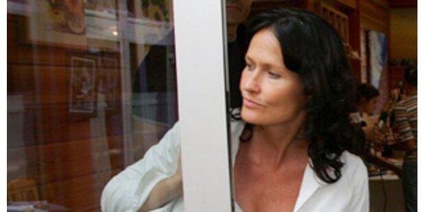 Glawischnig mit 97,4 Prozent neue Grünen-Chefin