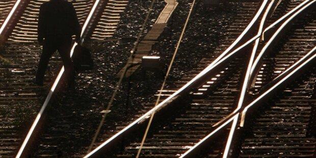 Zug-Surferin (15) stirbt durch Stromschlag