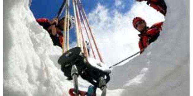 Tscheche stürzte in 20 Meter tiefe Gletscherspalte
