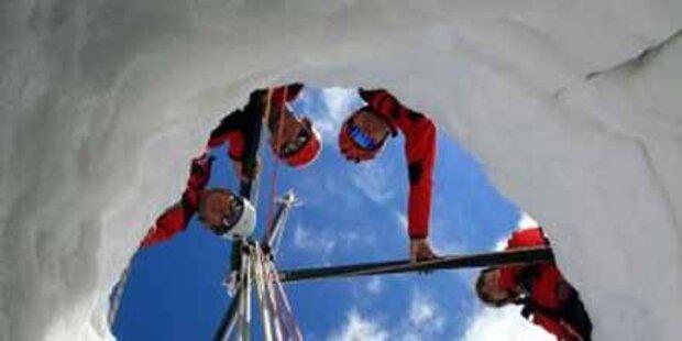Skitourengeher stürzte in Gletscherspalte