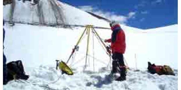 Wie Gletscherspalten entstehen
