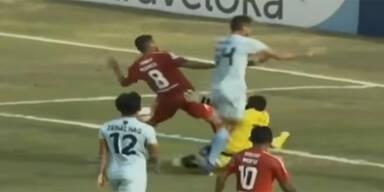 Todes-Drama: Goalie stirbt nach Zusammenprall