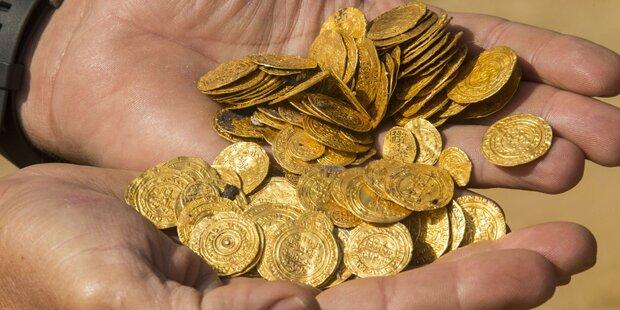 Taucher finden wertvollen Goldschatz