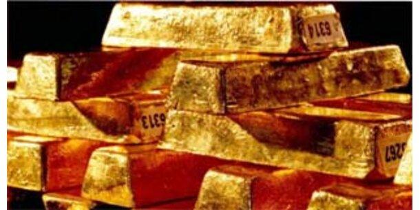 Goldpreis knackt 900 Dollar-Rekordmarke