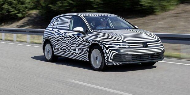 VW zeigt neuen Golf VIII in Fahrt