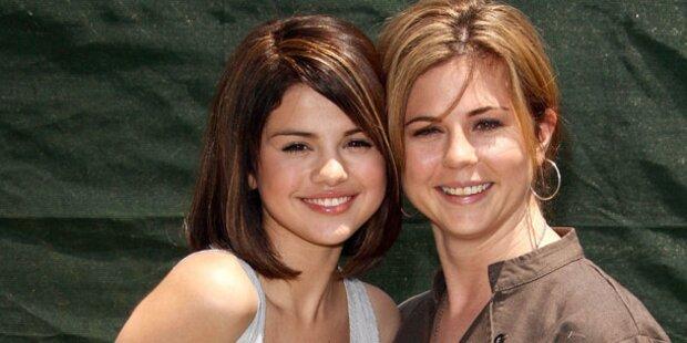 Selenas Mutter erlitt Fehlgeburt