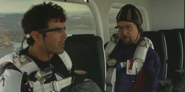 Fallschirmsprung-Video mit der Google-Brille