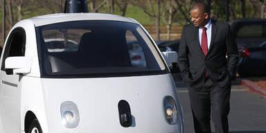 Google-Autos fahren nun auf Straßen