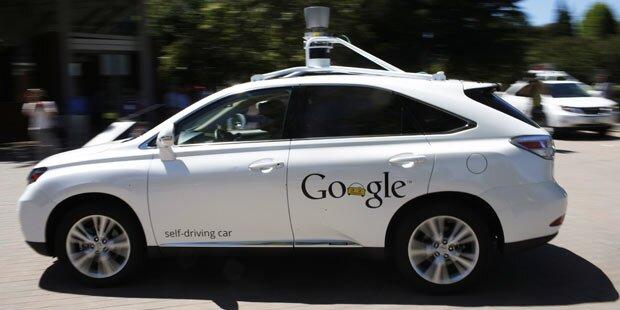 Google-Auto baute kleinen Unfall
