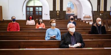 Öffentliche Gottesdienste bleiben über Ostern möglich