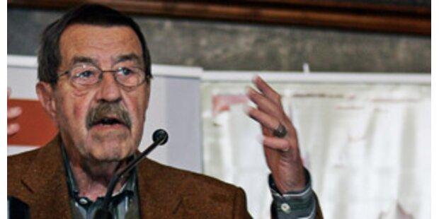 Grass streitet mit Biografen wegen Nazi-Vergangenheit