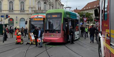 Straßenbahn-Crash in Graz: 15 Verletzte