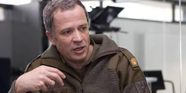 Militärkommandant attackiert Spindelegger