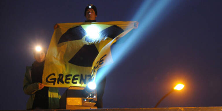 "Greenpeace: ""Kernschmelze seit Samstag"""
