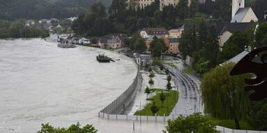 Halten die Donau-Schutzwände?