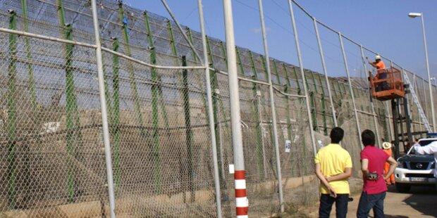 Hunderte Afrikaner stürmten spanische Exklaven