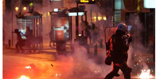 Massendemo gegen griechische Regierung